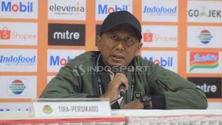 Pelatih Tira-Persikabo, Rahmad Darmawan, seusai pertandingan menghadapi Persib Bandung. Foto: Arif Rahman/INDOSPORT - INDOSPORT