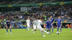 Indosport - Penalti Lionel Messi ke gawang Paraguay di Copa America 2019, Kamis (20/6/19).