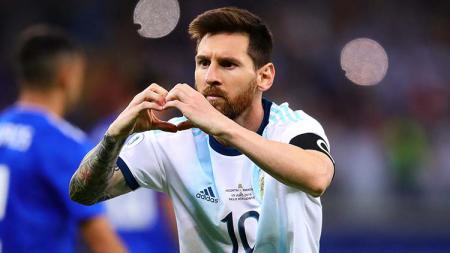 Selebrasi Messi di Copa America 2019 saat membela Timnas Argentina. - INDOSPORT