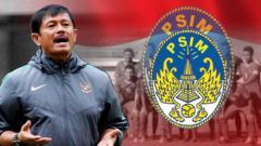 Indosport - Indra Sjafri punya peran baru di PSIM Yogyakarta seperti di sepak bola Eropa. (Foto: INDOSPORT)