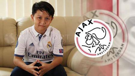 Tristan Alif dan logo Ajax Amsterdam. - INDOSPORT