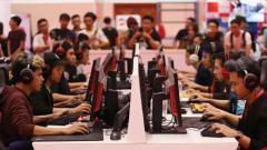 Indosport - Ilustrasi saat bermain game Esports.