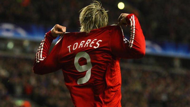 Fernando Torres melakukan selebrasi di masa-masa kejayaannya bersama Liverpool Copyright: Laurence Griffiths/Getty Images