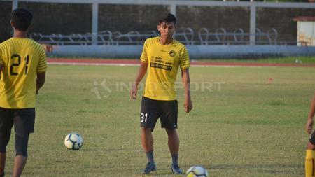 Sriwijaya FC jalani latihan jelang melawan Perserang di laga perdana Liga 2. - INDOSPORT