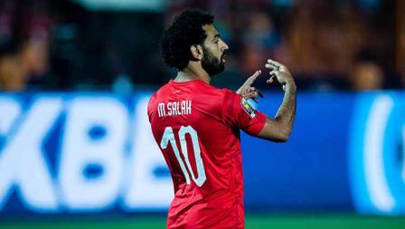 Mohamed Salah pada laga pembuka Piala Afrika melawan Zimbabwe di Cairo International Stadium, Sabtu (22/06/19).