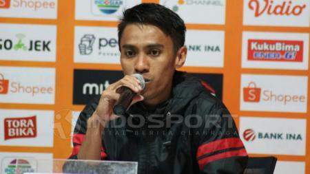 Kapten Bali United, Fadil Sausu menjadi penyelamat timnya saat menghadapi Persebaya Surabaya yang berakhir imbang 1-1. - INDOSPORT