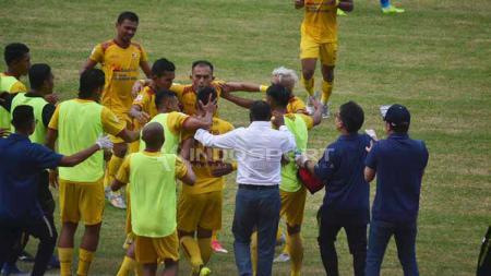 Sriwijaya FC kala menjamu Perserang di laga perdana di Stadion Gelora Sriwijaya Jakabaring Palembang. Foto: Muhammad Effendi/INDOSPORT - INDOSPORT