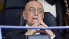 Indosport - Mantan CEO AC Milan, Adriano Galliani, memberi kritikan pedas kepada eks pejabat tinggi klub, Zvonimir Boban, yang 'menyerang' Ivan Gazidis.