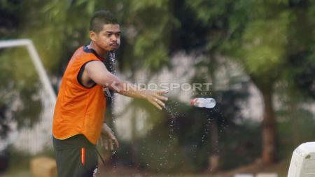Pemain senior klub Liga 1 Persija Jakarta, Bambang Pamungkas dirumorkan pensiun musim ini. Hal itu mendapat tanggapan dari pemain dan pelatih Kalteng Putra. - INDOSPORT