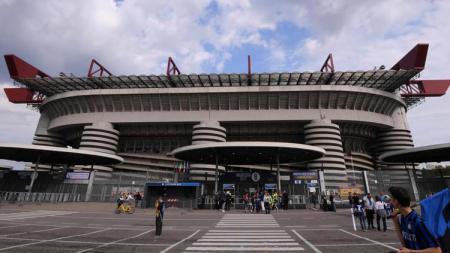 Walikota Milan, Giuseppe Sala ungkap perkembangan terkini terkait pembangunan Stadion baru dan penghancuran San Siro. - INDOSPORT