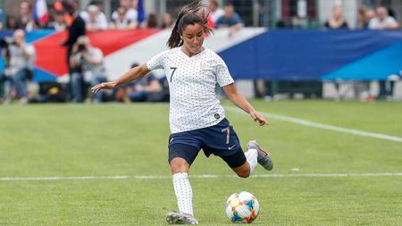 Sakina Karchaoui, pemain Timnas wanita Prancis. - INDOSPORT