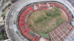 Indosport - Stadion Candlestick Park, stadion di California yang ditutup sejak tahun 2014 dan kini tampak tak terurus.