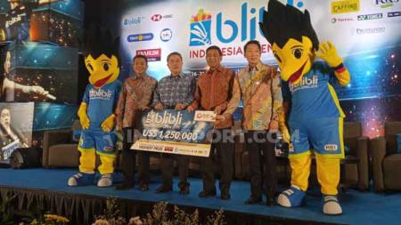 Ketua Umum PP PBSI, Wiranto masih belum yakin atlet bulu tangkis Indonesia bisa juarai event dunia. - INDOSPORT