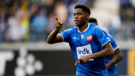 Bintang klub Liga Belgia, KAA Gent, Jonathan David, mengaku dikejutkan dengan tawaran dari beberapa klub top Eropa sejak awal kariernya. - INDOSPORT