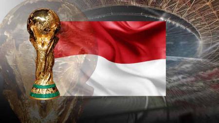Bendera Indoesia dan trofi Piala Dunia - INDOSPORT