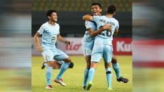 Indosport - Pemain klub Liga 1 2020, Persela Lamongan, Mochammad Zaenuri, mengaku menurunkan intensitas latihannya selama bulan puasa.