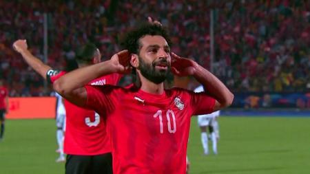 Mohamed Salah merayakan gol saat laga Mesir vs Kongo di Piala Afrika 2019, Kamis (27/06/19). - INDOSPORT