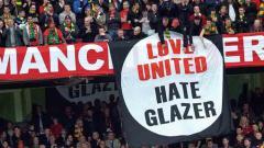 Indosport - Ole Gunnar Solskjaer meminta para fans klub Liga Inggris, Manchester United, bersabar meski protes kini bertebaran memojokkan keluarga Glazer.