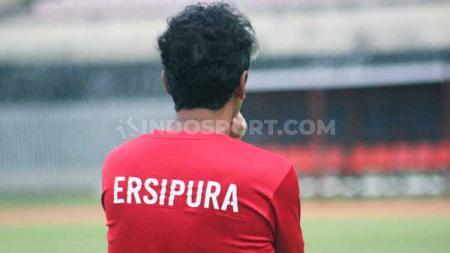 Nasib Pelatih Persipura Jayapura, Luciano Leandro tengah berada di ujung tanduk. Foto: Sudjarwo/INDOSPORT - INDOSPORT