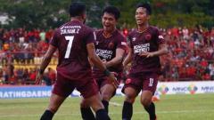 Indosport - Selebrasi pemain PSM Makassar,  Zulham Zamrun pada laga Kratingdaeng Piala Indonesia, Minggu (30/06/2019). Foto: Instagram@psm_makassar