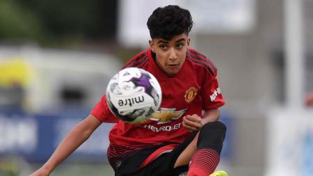 Kabar mengenai Zidane Iqbal Aamar yang disebut-sebut sebagai pemain keturunan Indonesia di Manchester United U-18 masih dipertanyakan. - INDOSPORT