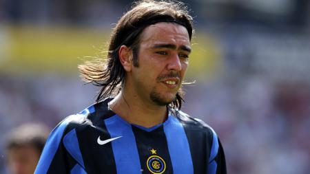 El Chino alias Si China, Alvaro Recoba, termasuk legenda Inter Milan. Kehebatannya diakui berkat sepakan kaki kiri nan mengerikan seantero Serie A Liga Italia. - INDOSPORT