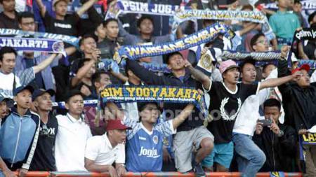 Suporter PSIM Yogyakarta, Brajamusti mendapat pujian dari Sutanto Tan. - INDOSPORT