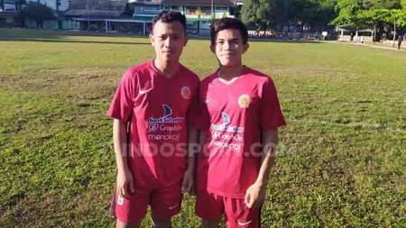 Adzan Mentari (kiri) dan M. Syawal Afrandi (kanan) akan mengikuti turnamen Gothia Cup 2019 di China bersama Timnas Pelajar U-16. - INDOSPORT