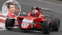 Indosport - Tommy Foster pembalap Formula 4