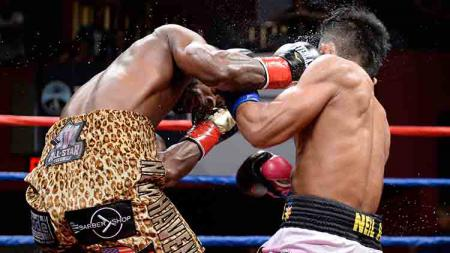 Berikut daftar tiga Knock Out (KO) tercepat dalam sepanjang sejarah dunia tinju, salah satunya hanya membutuhkan waktu empat detik saja. - INDOSPORT