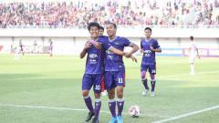 Indosport - Salah satu striker Persita Tangerang, Aldi Al Achya mengungkapkan rencana untuk merintis usaha di tengah vakumnya Liga 1 karena virus corona.