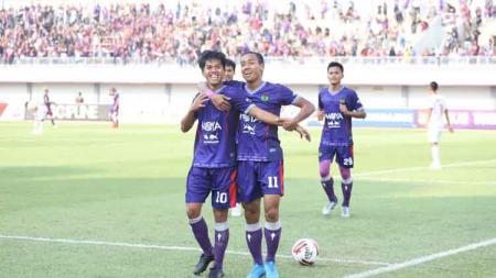 Persita Tangerang berhasil mencuri satu poin dengan menahan imbang tuan rumah Persibat Batang pada laga pekan ke-14 Liga 2 2019, Selasa (03/09/19). - INDOSPORT
