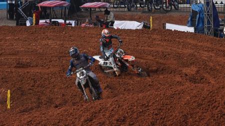 Aksi para pembalap di MXGP Palembang 2019 - INDOSPORT
