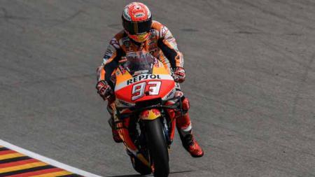 Marc Marquez saat turun balapan di GP Jerman 2019. Seri ini sendiri dimenangkan pembalap Repsol Honda tersebut. - INDOSPORT