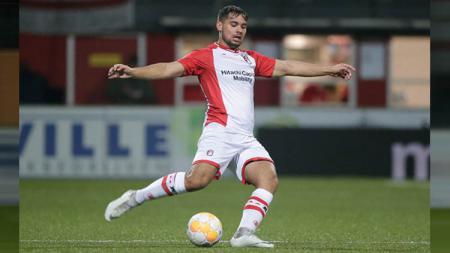 Pemain FC Emmen Keziah Veendorp yang memiliki darah keturunan Indonesia. - INDOSPORT