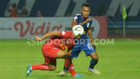 Bek Safrudin Tahar saat membela PSIS Semarang di ajang Liga 1 2019. - INDOSPORT