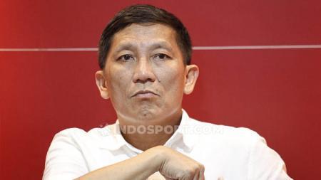 Direktur Olahraga Persija Jakarta, Ferry Paulus, menanggapi isu terkini di PSSI (Herry Ibrahim/INDOSPORT). - INDOSPORT