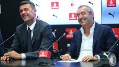 Indosport - Marco Giampaolo (kanan) dan Paolo Maldini dalam konferensi pers di Milan, Senin (08/07/19).