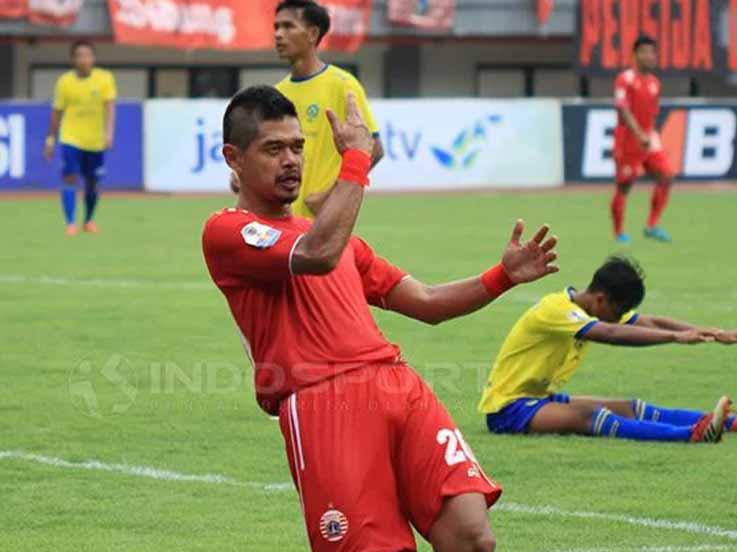 Bambang Pamungkas saat merayakan gol Copyright: Muhammad Nabil/INDOSPORT