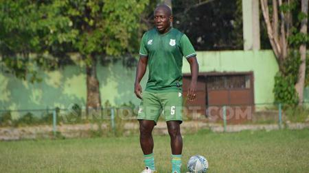 Mantan pemain naturalisasi PSMS, Mamadou Diallo. - INDOSPORT