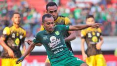 Indosport - Laga Barito Putera vs Persebaya Surabaya dalam lanjutan Liga 1 2019 bisa disaksikan melalui live streaming.