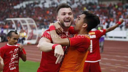 Marko Simic merayakan gol dengan keluar lapangan pada laga Shopee Liga 1 pekan ketujuh di SUGBK (10/7/19). - INDOSPORT