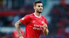 Indosport - Klub sepak bola Serie A Liga Italia, AC Milan, kabarnya mendapat tawaran merekrut gelandang PSV Eindhoven, Gaston Pereiro, secara gratis tahun depan.