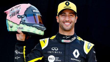 Pembalap Renault, Daniel Ricciardo buka suara terkait penampilan buruknya di musim Formula 1 2019. - INDOSPORT