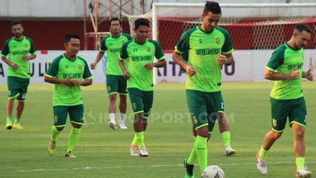 Otavio Dutra saat official training di Stadion Maguwoharjo, Sleman, Jumat (12/7/19). - INDOSPORT