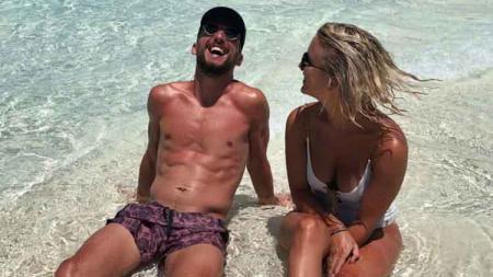 Striker Napoli, Dries Mertens bersama sang istri, Kat Kerkhofs - INDOSPORT