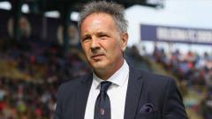 Indosport - Bologna dikalahkan AC Milan, Sinisa Mihajlovic menyesal telah mengorbitkan Gianluigi Donnarumma.