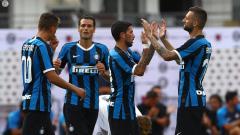 Indosport - Inter Milan merayakan gol ke gawang FC Lugano dalam laga uji coba pramusim, Minggu (14/07/19).