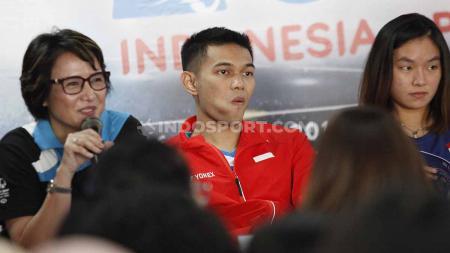 Fajar Alfian, Ruselli Hartawan, pada sesi jumpa pers top atlet nasional jelang Indonesia Open 2019, di Media Center Istora Senayan, Senin (15/07/19). Foto: Herry Ibrahim/INDOSPORT - INDOSPORT