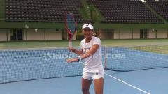 Indosport - Priska Madelyn Nugroho, petenis muda Indonesia yang baru saja pulang mengikuti kejuaraan wimbledon junior 2019. Foto: Petrus Manus Da'Yerimon/INDOSPORT